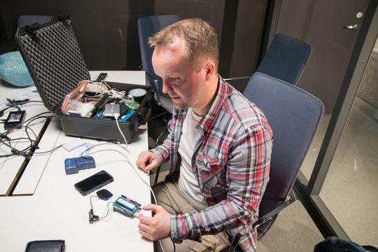 Denne kortleseren, en Arduino-enhet, ble brukt i eksempelet fra videoen.