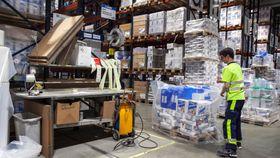 Kjempeproduksjon: Hver dag produseres det 500 tonn sparkel på fabrikken i Nord-Odal.