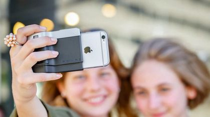 – Vi har laget verdens beste kameragrep til iPhone