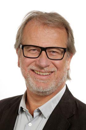 Automatiserer og forbedrer: Prosjektet DoMore som ledes av professor Håvard Danielsen skal automatisere mye av jobben til patologene.