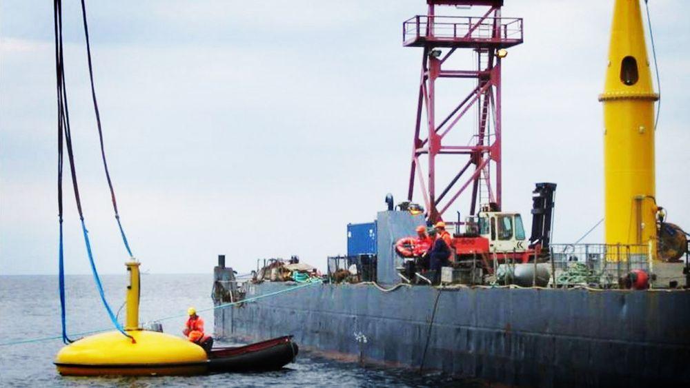 Seabased AB har levert bølgekraftverkene til det som skal bli verdens største havvindpark utenfor Smøgen i Sotenäs i Sverige. Nå har de kansellert avtalen med en gruppe norske investorer, som skulle skyte 80 millioner kroner inn i selskapet.