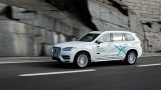 Volvo starter storstilt testing av selvkjørende biler