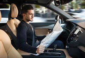 Teknologien vil gjøre det mulig å slappe av for sjåføren, men skal også føre til mye høyere trafikksikkerhet.