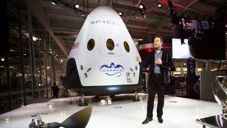 Musk sender romfartøy til Mars i 2018