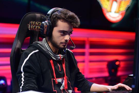 Support-spillerMustafa «Dumbledoge» Kemal Gökseloğlu er en nøkkelspiller i SuperMassive eSports.