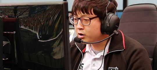 Veteran og Support-spiller i Royal Never Give Up,Cho «Mata» Se-hyoung styrte det kinesiske laget til topps i LPL. Her avbildet under World Championship i 2014, da han spilte for koreanske Samsung Galaxy White.