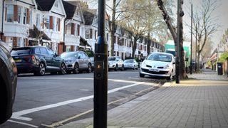 London skal få 100.000 elbiler innen 2020. Det kan et norsk selskap tjene seg styrtrike på