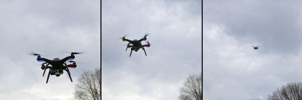 Her demonstreres Selfie-modusen, som lar dronen fly langt ut eller inn mens den holder bilderammen rundt et fast punkt.