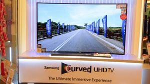 Nesten alle TV-produsenter gir opp kurvede skjermer, unntatt én