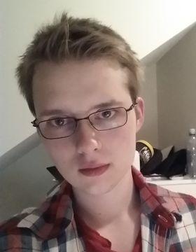 DataingeniørstudentenEirik «Evire» Stensbøl (20) kan med rette kalle seg Norges seriemester i StarCraft.