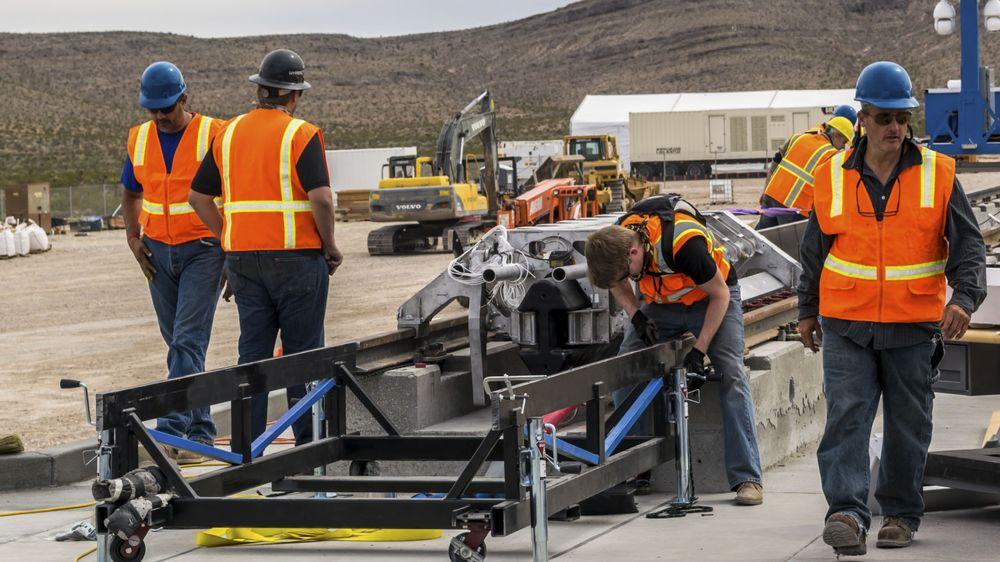Hyperloop One forbereder test av fremdriftssystemet bestående av lineære induksjonsmotorer.