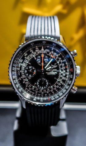 Gammel mekanikk: Breitling Navytimer har vært produsert i 64 år og har regnestav.