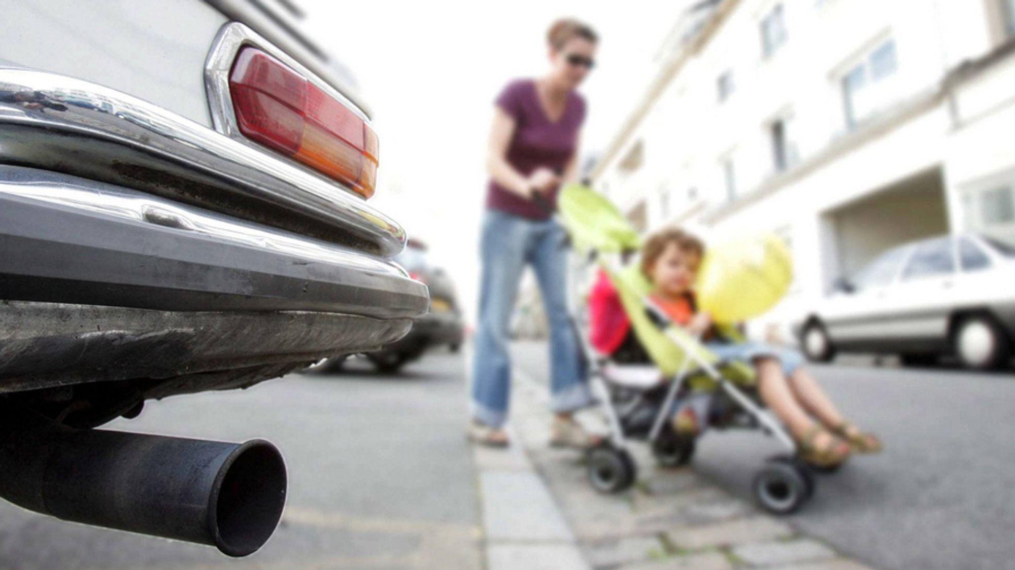 Mener elbiler er like ille for luftkvaliteten som fossilbiler