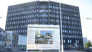 Ingen ville bygge sykehuset - nå er kontrakten delt i sju