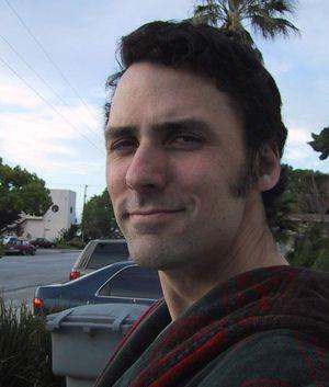 – Jeg har alltid lurt på hvorfor vi ikke snakker mer om farene ved dataspillavhengighet i stedet for det voldelige innholdet, sier Doom-utvikler Dave Taylor til Gamer.no.