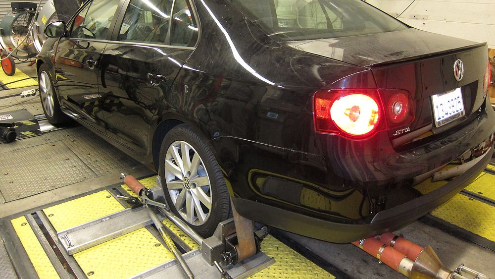 Testlab: I dette laboratoriet Environmenal Protection Agency i California ble VW-bilene testet for avgasser. VW måtte innrømme å ha laget en softwarekode som inntrer under test og gir mindre utslipp enn under vanlig kjøring. Foto: Hanne Hattrem