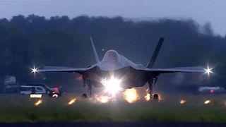 Nå skal naboene få kjenne på støyen fra F-35