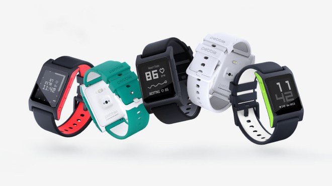 Kickstarter-suksessen Pebble Watch har fått to oppfølgere