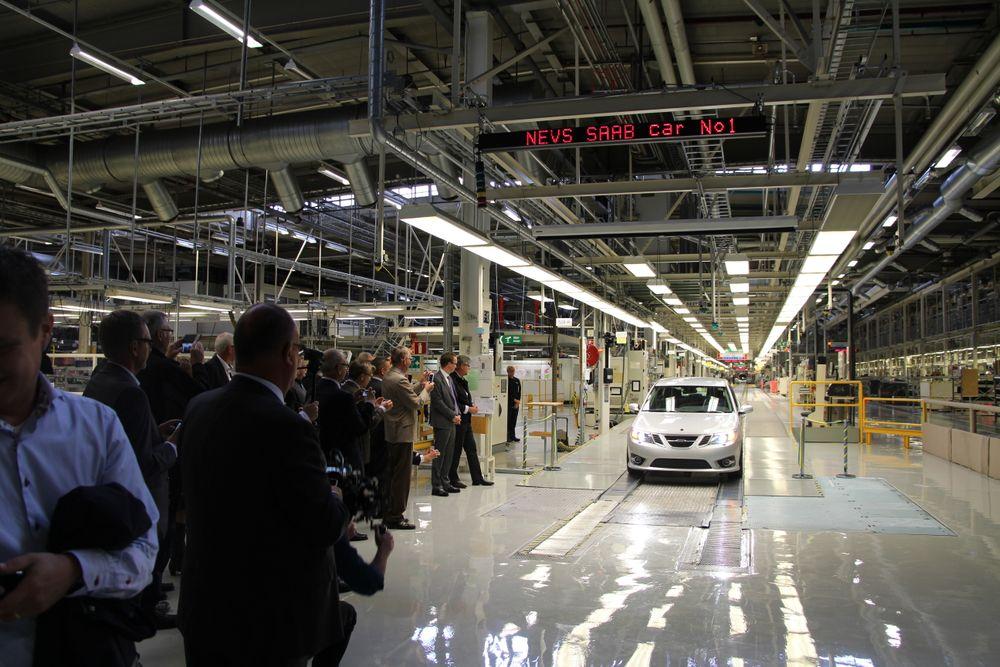 Nevs og resten av bilindustrien i Trollhättan i Sverige trenger 500 ingeniører. Nå serd e mot de mange tusen arbeidsledige i Norge.