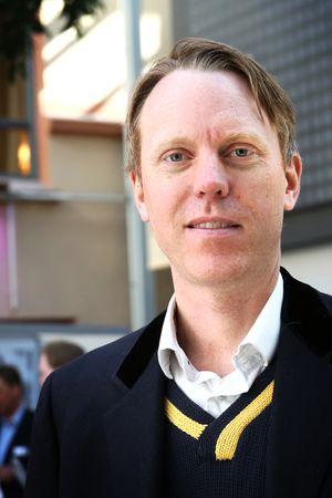 Ikke privat: Byutviklingsforsker Alexander Ståhle mener man bør passe godt på så kaikanten blir en møteplass, ikke et privat område.