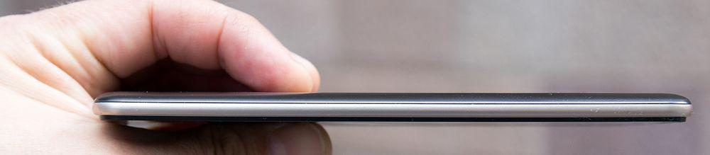 LG Stylus 2 er en forholdsvis slank og pen mobil.