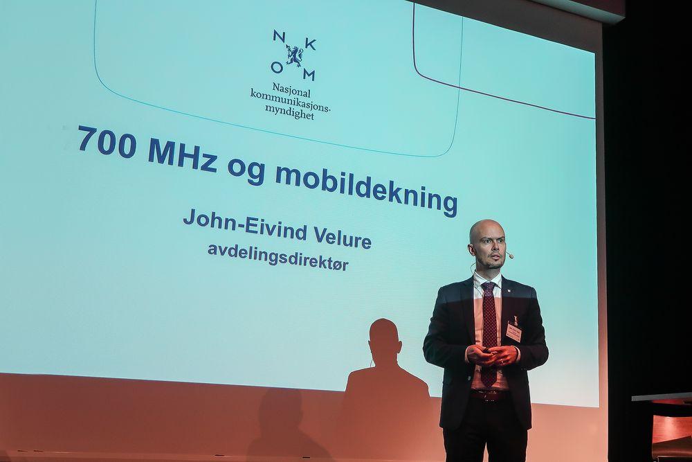 I gang: Nkom har allerede startet prosessen med å forberede frekvensauksjonen som skal flytte 700 MHZ-blokken fra TV til Mobilt bredbånd forteller frekvensdirektør i Nkom, John-Eivind Velure.