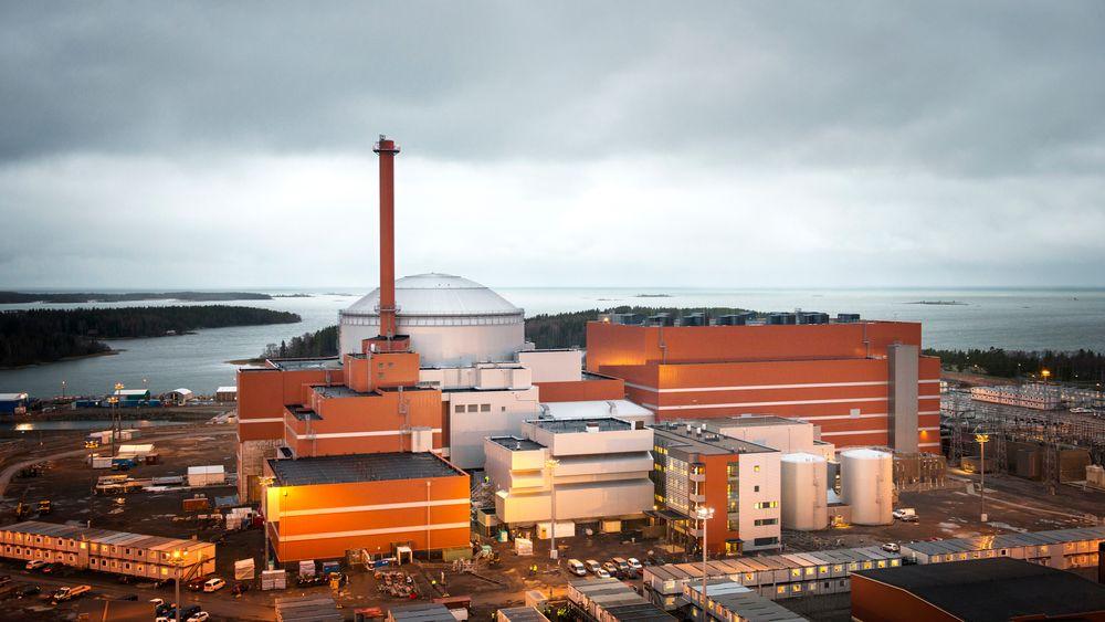 Problemprosjekt: Areva/Siemens-konsortiet og det finske kraftselskapet TVO krever flere titalls milliarder kroner av hverandre som følge av konstruksjonsfeil, dårlig planlegging og forsinkelser under byggingen av den nye reaktoren Olkiluoto 3 som skal stå ferdig i 2018