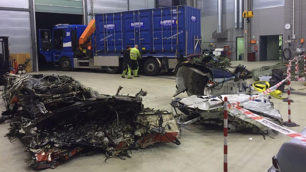 Helikopterdeler samlet hos SHT på Kjeller.