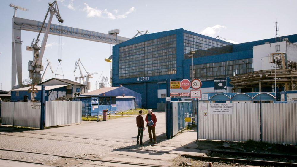 Her, på Crist-verftet i Gdynia i Polen, avslørte Vice-reporterne at det benyttes nordkoreanske tvangsarbeidere. Crist bekrefter nå for Teknisk Ukeblad at de bruker nordkoreanske arbeidere, men avviser dårlige arbeidsforhold.