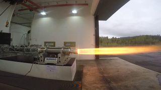 Billig, miljøvennlig og regulerbar: Nammos nye hybrid-rakettmotor er klar for lufta