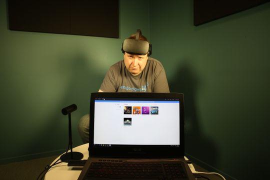 Surpomp: - Vive oppfyller potensialet i VR langt bedre enn Rift. HTCs variant gjør alt Rift kan, og enda mer. Med Oculus' brillevariant sitter vi mest i ro.