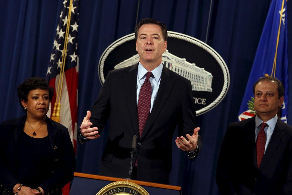 FBI-sjefen teiper over eget webkamera