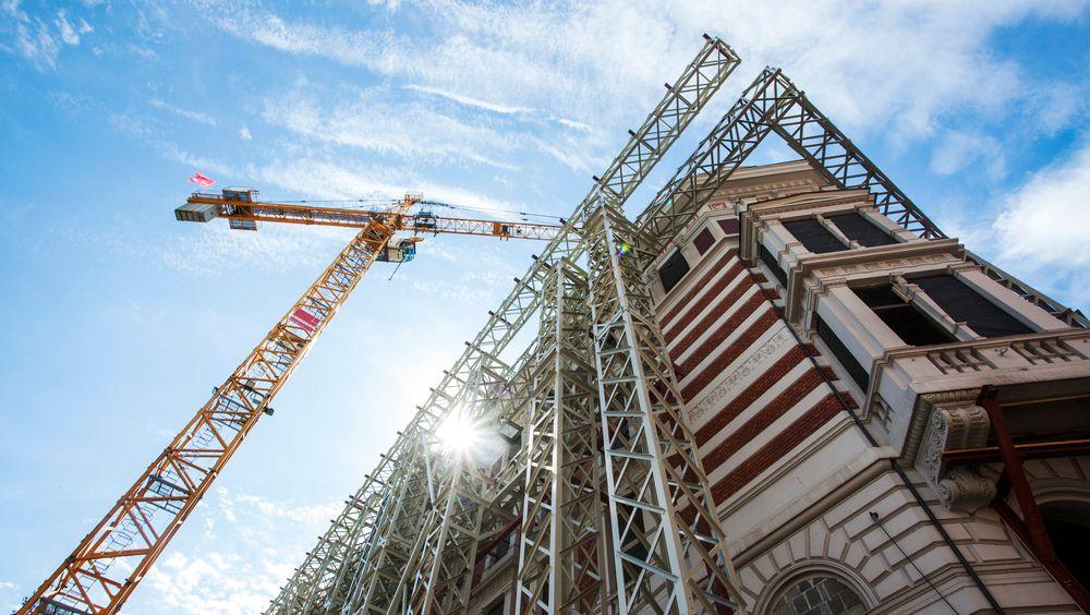 Den nye rapporten fra Bygg 21 kommer med tre forslag til forenkling og effektivisering av plan- og byggesaksbehandling som skal kunne spare samfunnet for milliarder.