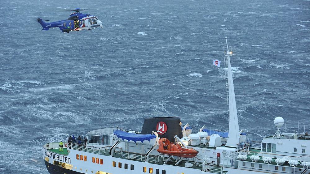 Oljebransjens sar-helikoptre har mange ganger vært en verdifull ressurs også for resten av samfunnet. Nå har dette EC225-helikopteret flyforbud sammen med sju andre maskiner.