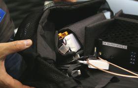 Med to batteripakker kan du bytte hovedbatteriet uten å måtte slå av datamaskinen.