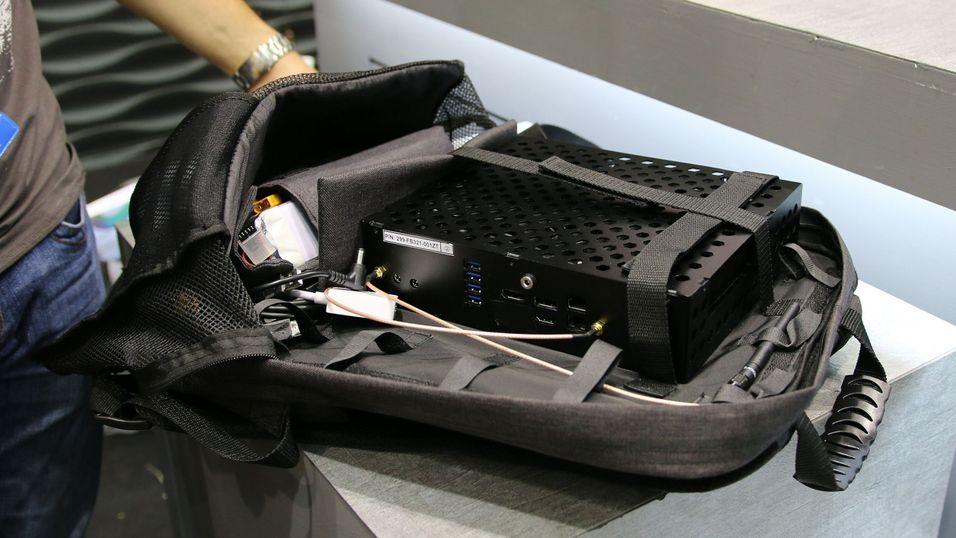 Med en VR-sekk tar du hele datamaskinen på ryggen