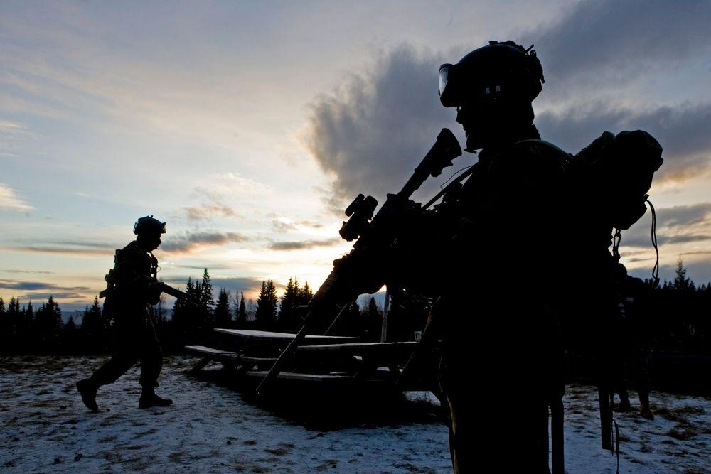 Forsvarssjefen har bedt om minst 175 milliarder kroner ekstra til Forsvaret de kommende 20 årene. Fredag kommer svaret på om han blir bønnhørt når langtidsplanen for Forsvaret legges fram.