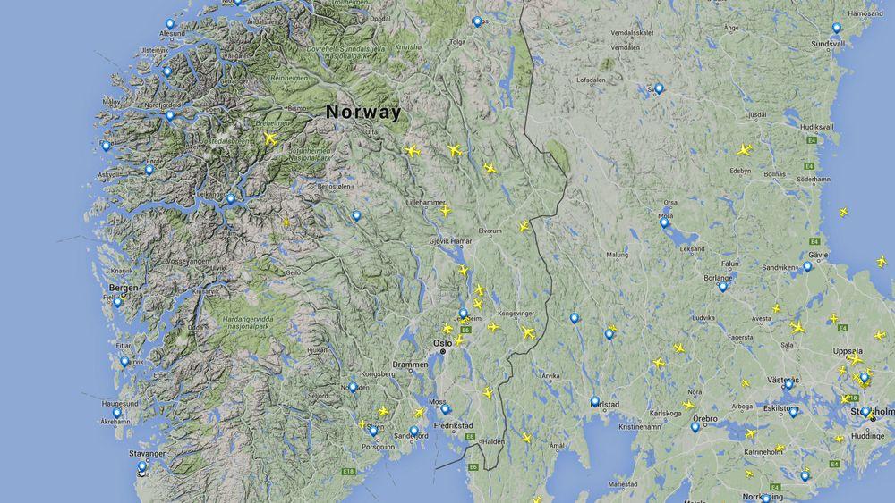 Vestlandet er tømt for flytrafikk tirsdag formiddag viser dette kartet fra Flightradar 24.