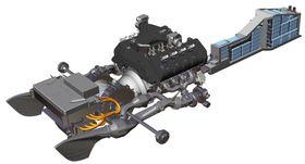 Dette er så mye i detalj Koenigsegg vil gå med å vise hvordan den girløse teknologien med hydraulisk slurekløtsj fungerer. De væskekjølte batteriene (høyre) på 9 kWh ligger i midten av bilen, fra midtkonsollen og framover. Kreftene overføres bare til bakakselen (venstre).
