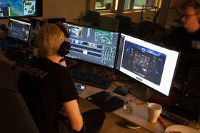 Håvard Njåstad (til venstre) og Sondre Njåstad i Nullzone har bidratt med produksjonen i Telenorligaen.