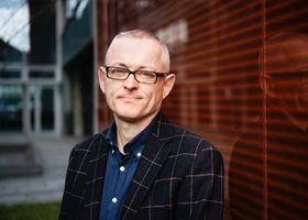 Professor i informatikk, Kjell Jørgen Hole, ved Universitetet i Bergen.