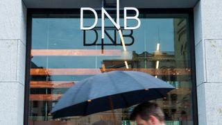 DNB måtte starte tusenvis av servere på nytt