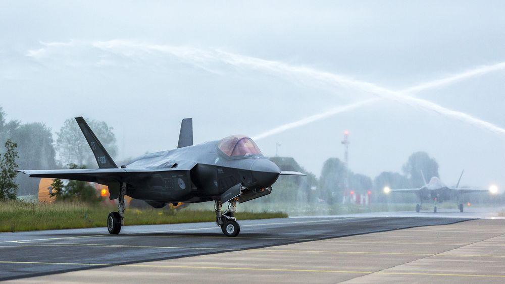 Dette bildet er fra da Nederlands to testfly første gang besøkte Leeuwarden i forbindelse med støytesting i 2016.