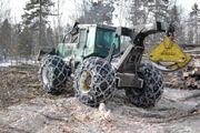 Kjetting for skogbruk og tunge kjøretøyer selges under merkevaren Trygg.