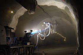 I Bærumstunnelen ble det tatt i bruk sprøytebetong og sprøytemembran i 2010.