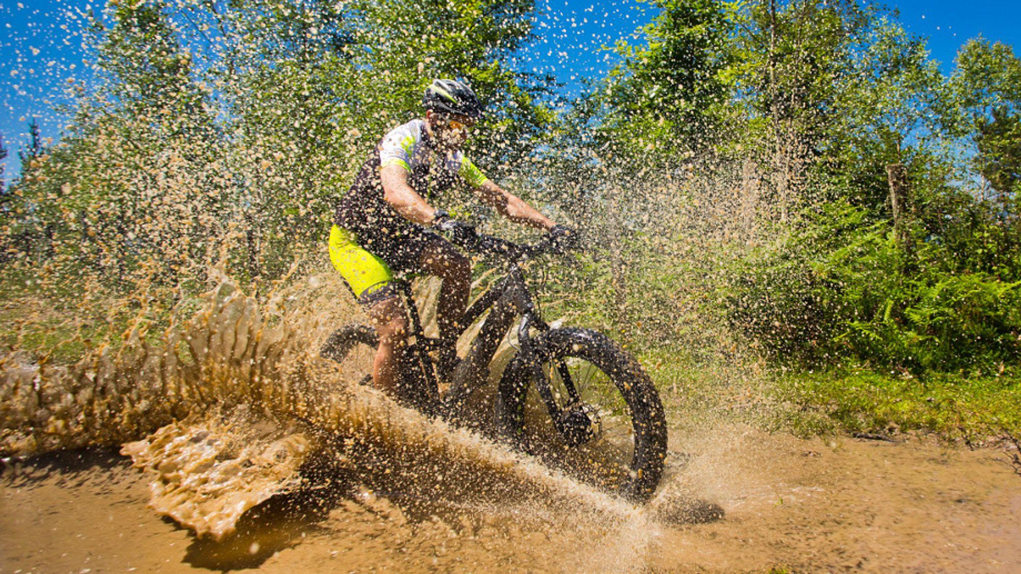 Miljødirektoratet har anbefalt at elsyklister skal få kjøre på turveger i utmark.
