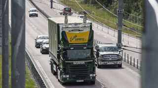 Her mates hybrid-lastebilen med 750 volt likestrøm langs motorveien