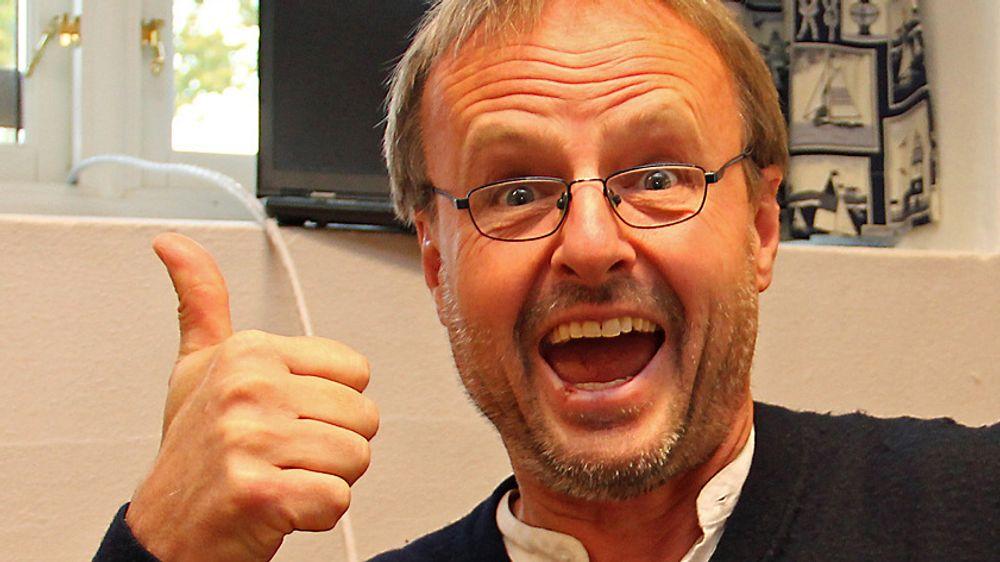 Håkon Wium Lie jubler for at Norids planer for .bv gikk i vasken. Bildet er tatt i en annen sammenheng.