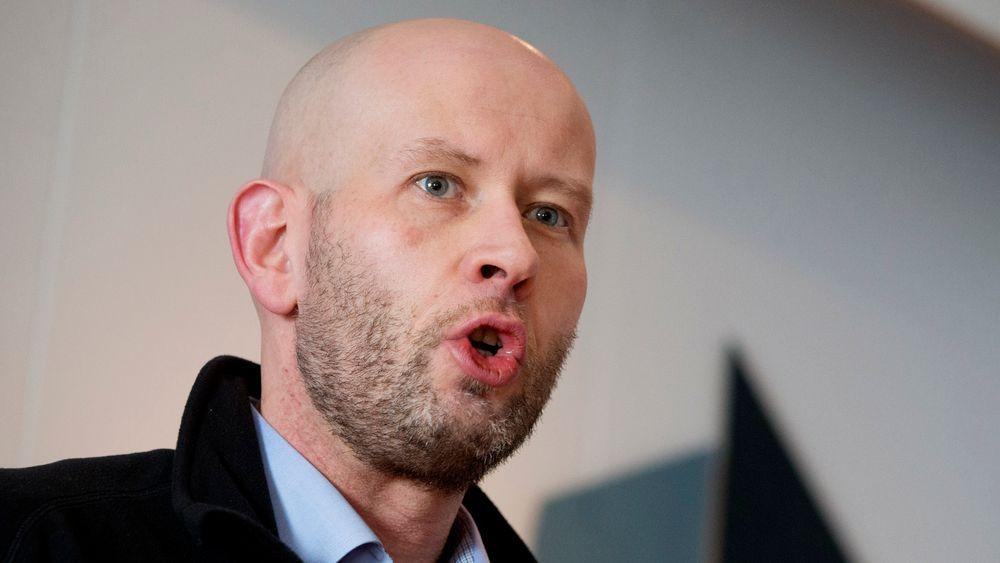 Olje- og energiminister Tord Lien (Frp) forteller at mulighetsstudier som nå er gjort ved tre industrianlegg i Norge, viser at det er fullt mulig å lykkes med fangst og lagring av CO2-utslipp fra alle de tre anleggene. Alt i alt kan det fanges opptil 1,5 millioner tonn CO2 fra de tre anleggene.