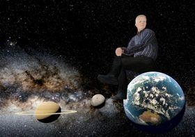 Eirik Newth på toppen av jordkloden.